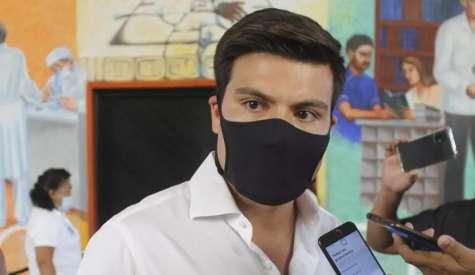 En plena pandemia, Gustavo Miranda despilfarró 1.5 millones de pesos